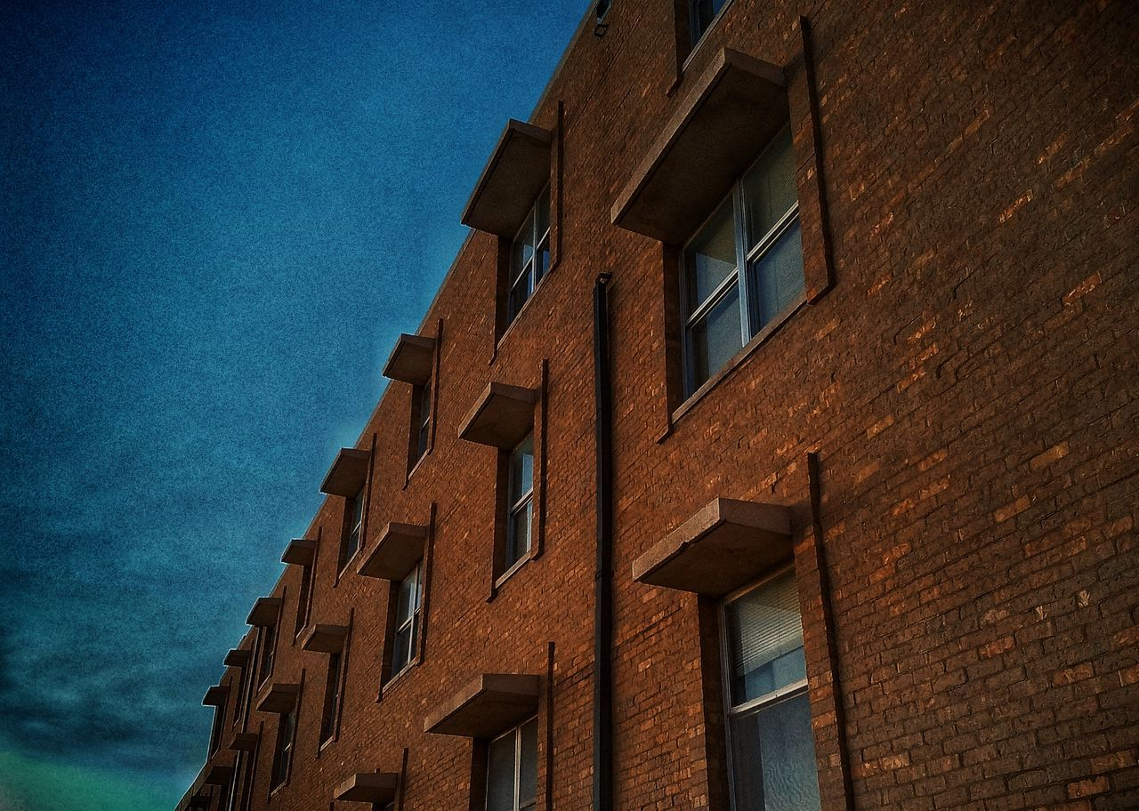 building exterior, architecture, window, built structure, no people, low angle view, outdoors, day, sky, close-up