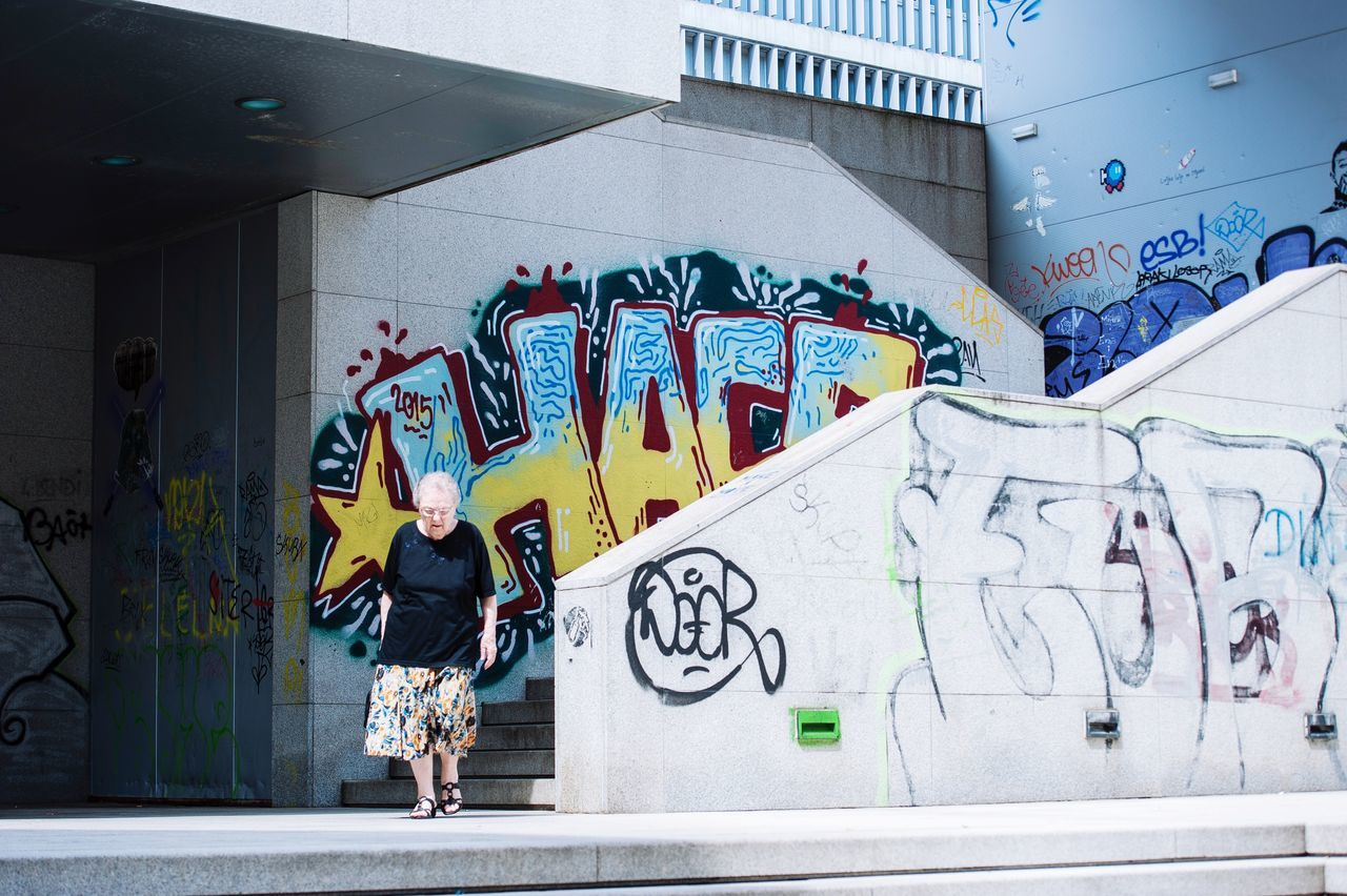 My favorote urban grandma! What a great city to shoot! Zadar Croatia Urban Graffiti Street Art Building Exterior Steps And Staircases Architecture People Adult The Culture Of The Holidays EyeEm Best Shots - People + Portrait Street People Watching EyeEm OpenEdit EyeEmbestshots Eye4photography  Streetphotography City Life Old Lady EyeEmBestPics City EyeEm Gallery EyeEm Best Shots