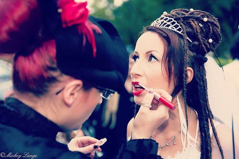 Loving Comtesse Léa who did my make-up and my hair at my wedding ❤ Friendsforever Comtesselea Makeup Wedding Dreadslocks Octopoos Princess Mickeylangephotographie