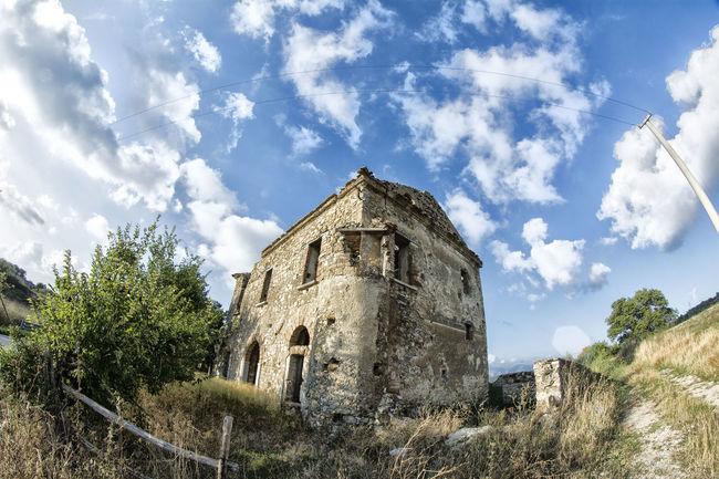 Nikon D5200 Nikontop Italia NikonLife Art Artistic Fotography Art, Drawing, Creativity Nikonphotography Nikon First Eyeem Photo Colors Street Photography Urban Panoramic Photography Panorama Panoramic Pastel Power Pothography Architecture