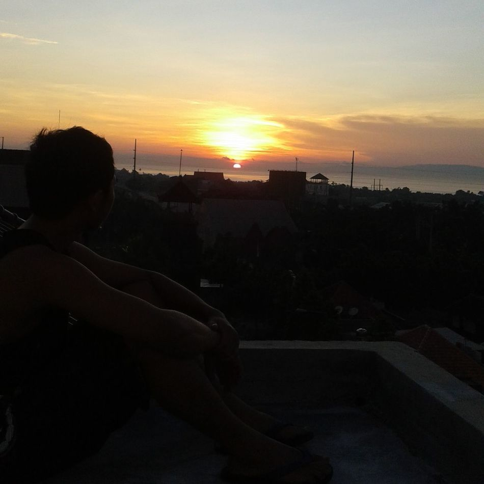 Sunrise in the rooftop Silenceday