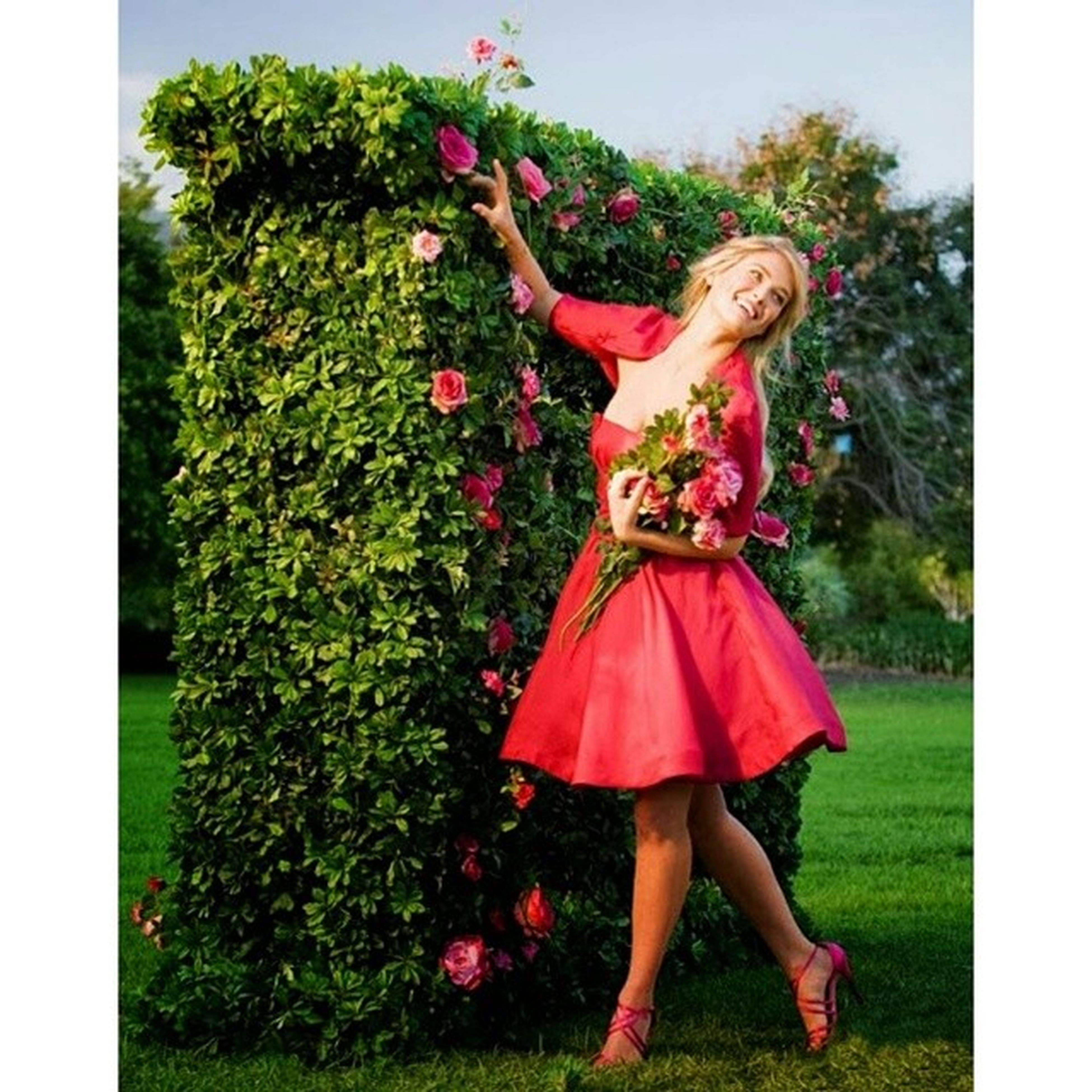 transfer print, auto post production filter, full length, leisure activity, grass, lifestyles, flower, park - man made space, dress, young adult, young women, casual clothing, tree, person, standing, childhood, field, girls