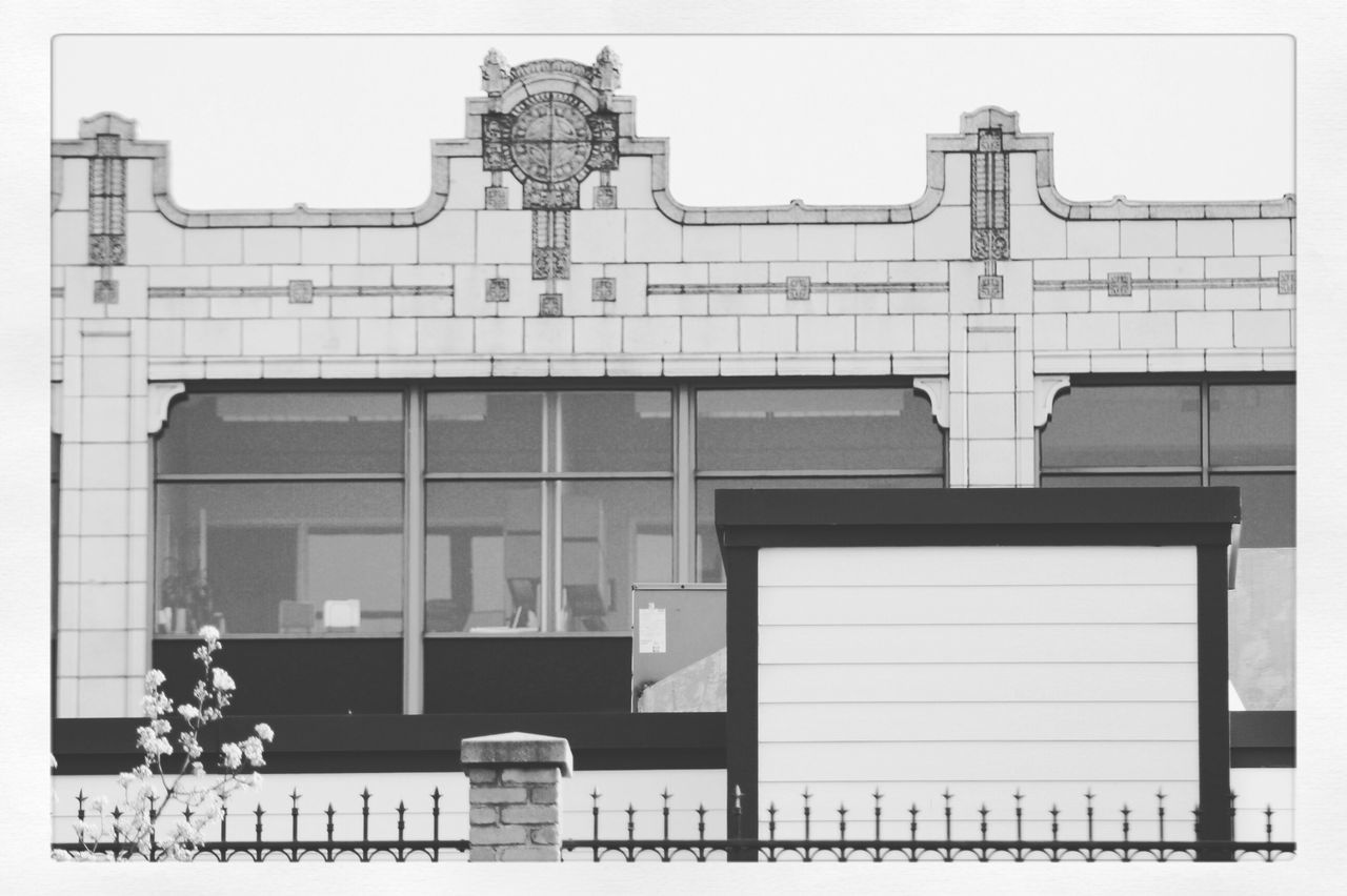 Blackandwhite Relaxing Taking Photos Black And White Black & White Blackandwhite Photography Black And White Collection  Black&white Building_shotz Buildingstructure Buildingstyles Building Buildings