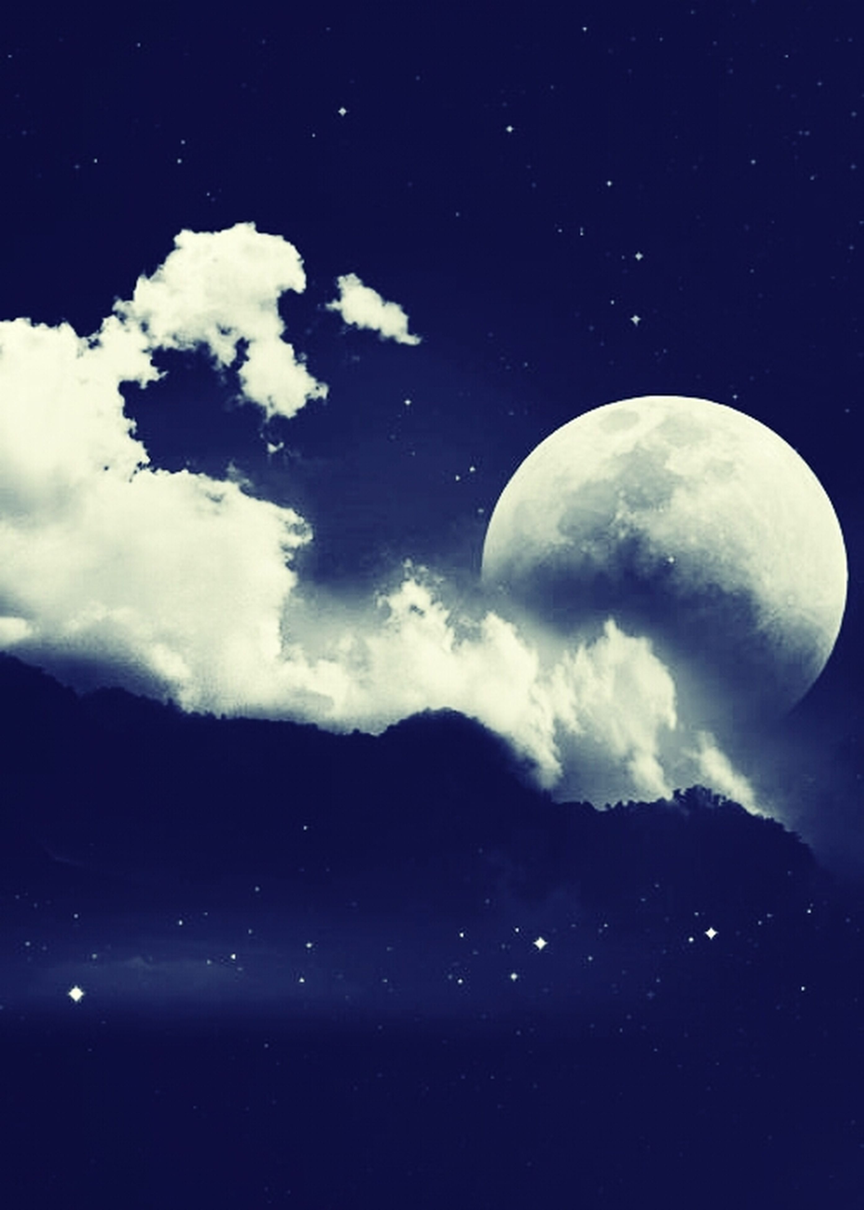 sky, moon, night, astronomy, scenics, low angle view, tranquility, beauty in nature, tranquil scene, full moon, nature, cloud - sky, space exploration, planetary moon, majestic, idyllic, dark, space, outdoors, discovery