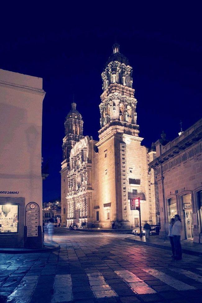 "Guanatos State's :) ""Calles de Guanajuto Pueblomagico CarlosGonmartzTeam Djlife Mexico VivirEsIncreible"