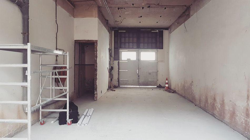 Temporary  Atelier Studio Workspace ArtWork Artist