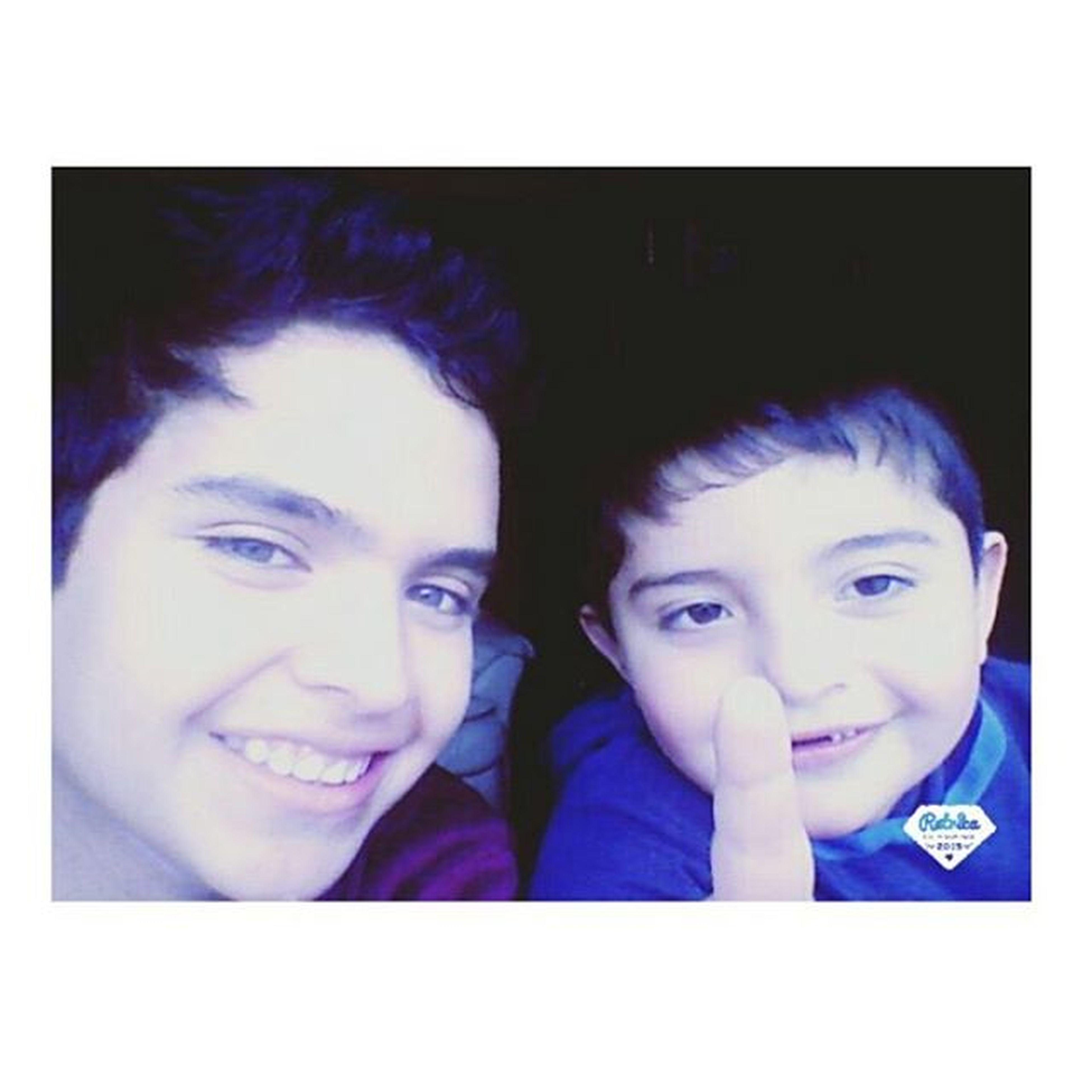 Mi hermano y su cara de volado bhshrh Hermanos Lindos Locos Sonrisapepsodent Teamo Instapic Chilegram Instachile Afta Yachao