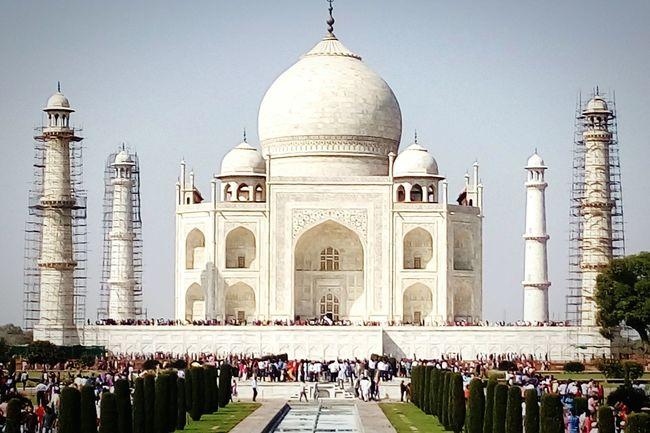 The beauty of India lies in Taj .......and the beauty is going to be restored again ... Tajmahal Tajmahal Agra India. Tajmahal India Funtimeswithfriends Expesswaymasti