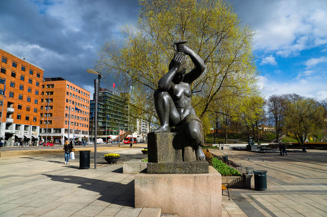 Oslo promenade Architecture Art Art And Craft Building Exterior Built Structure City City Hall City Skyline Cloud - Sky Creativity Famous Place Human Representation Incidental People Oslo People Rolf Stranger Plass Sculpture Sky Spring Station Statue Statue Travel Travel Destinations Tree