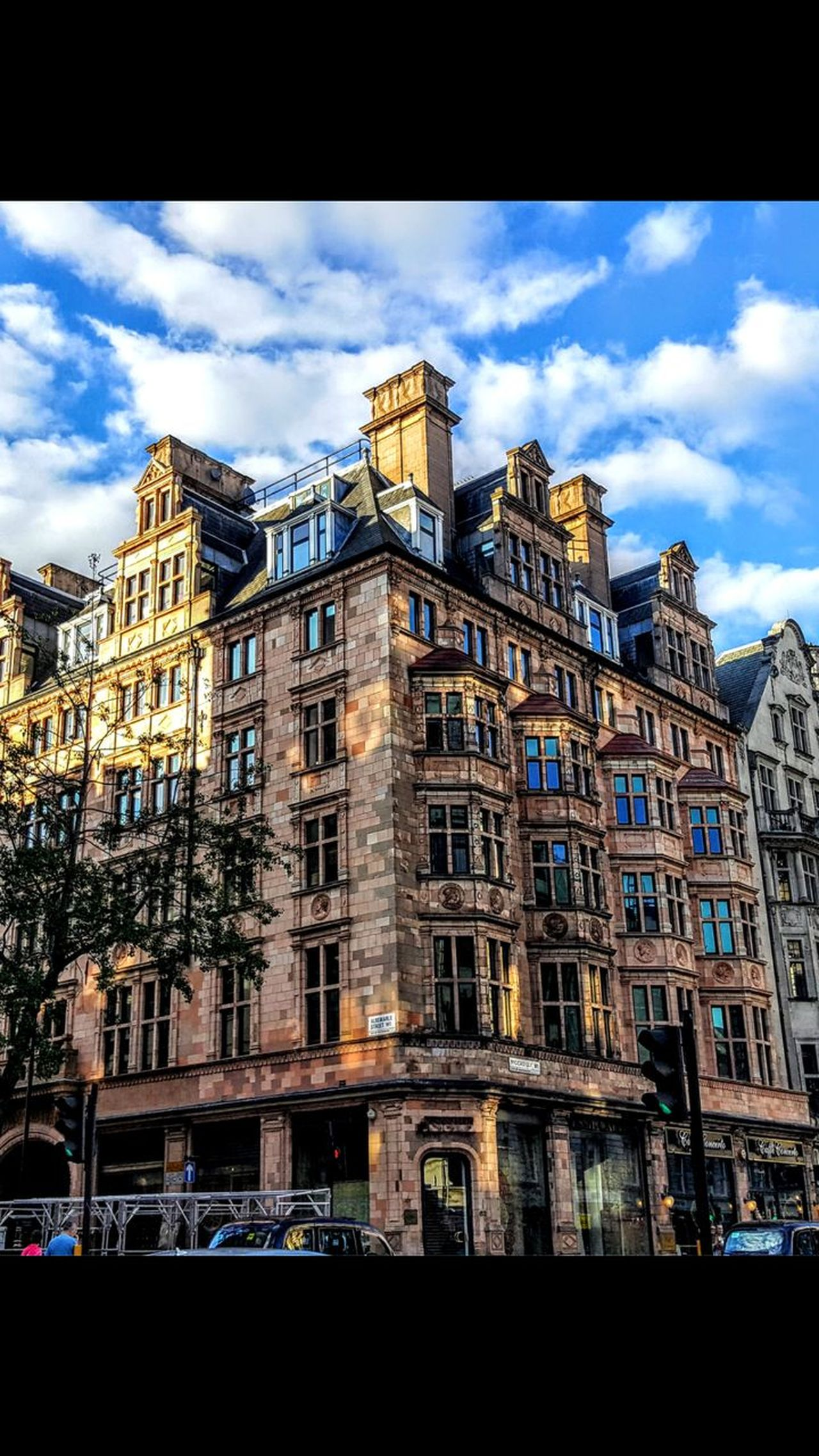 Low Angle View Architecture Sky Building Exterior Built Structure Cloud - Sky No People Outdoors Day Cityscape City London Life London Photography London's Buildings Londononly Reflection Relaxing Travel Destinations Friends ❤ Facebook Page Tranquil Scene London Streets LONDON❤ London Cityscape
