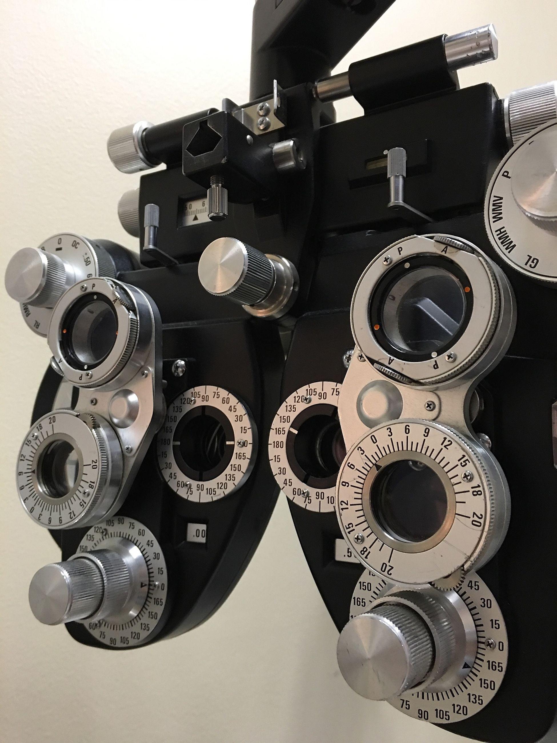 Eyes Optical Optical Equipment Eye Test Showcase: February