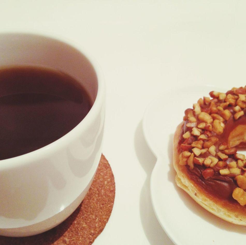 Donuts Coffee Midnight Snack 夜食
