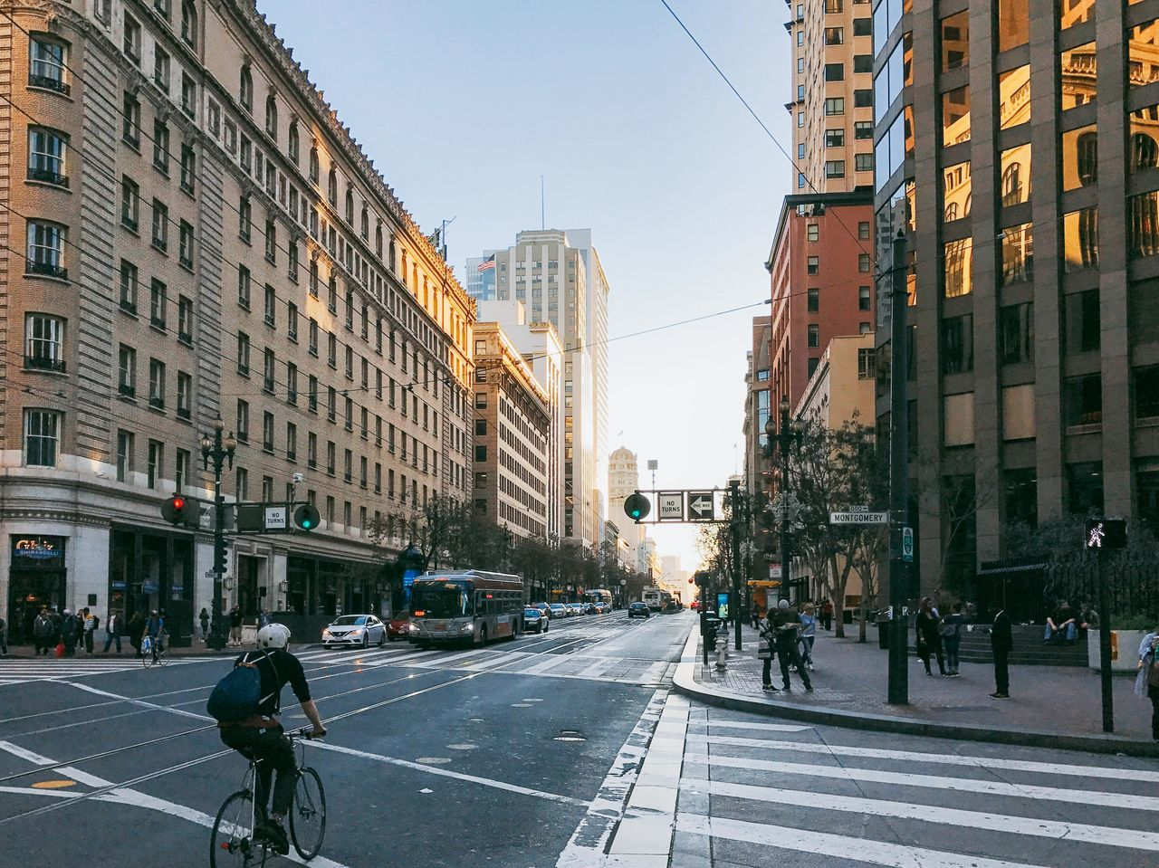 Adult Adults Only Architecture Bicycle Building Exterior Built Structure City City Life City Street Cityscape Cycling Cyclist Day One Person Outdoors People Road San Francisco
