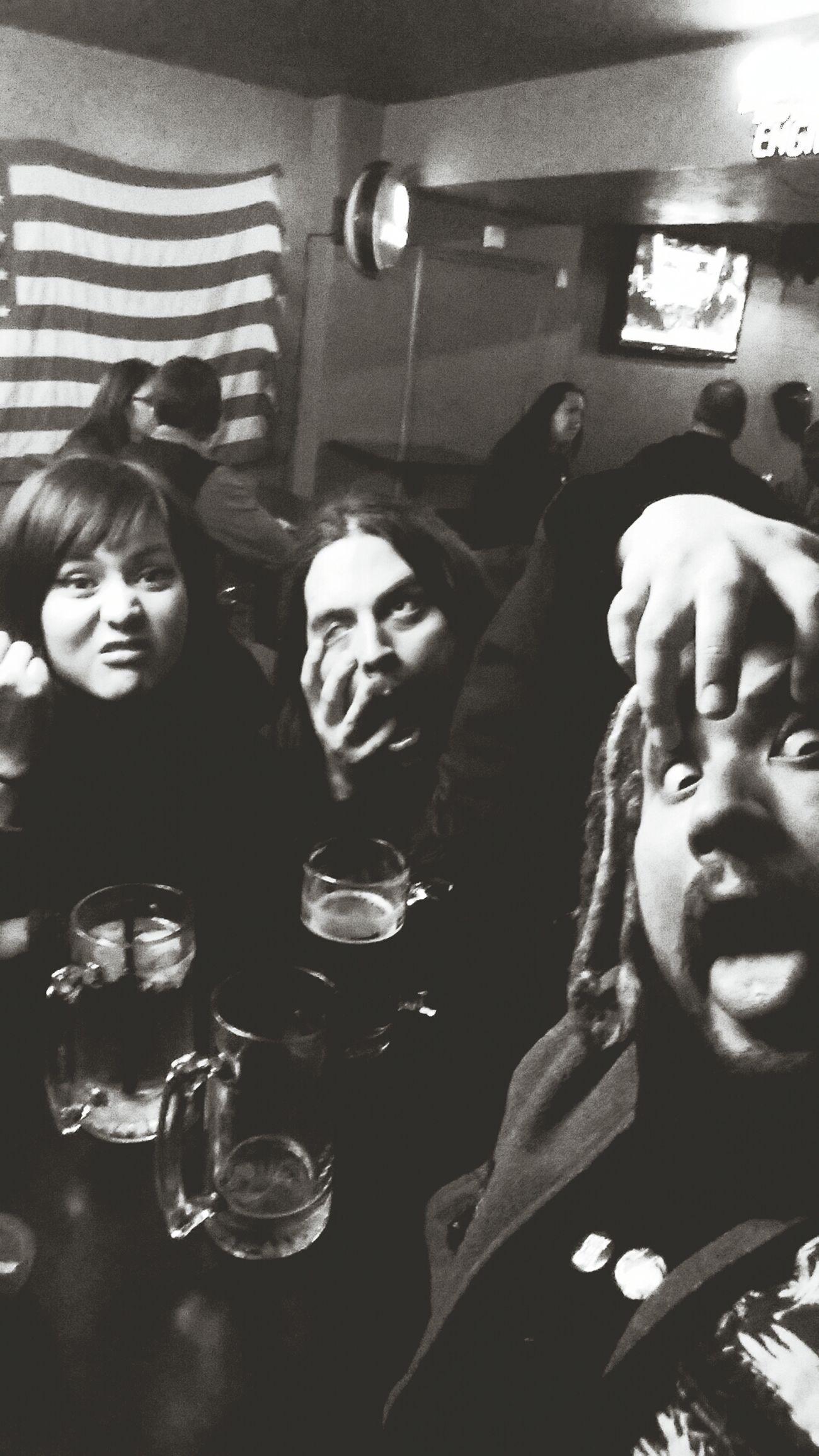 Bar Goofballs Friends Hangingout