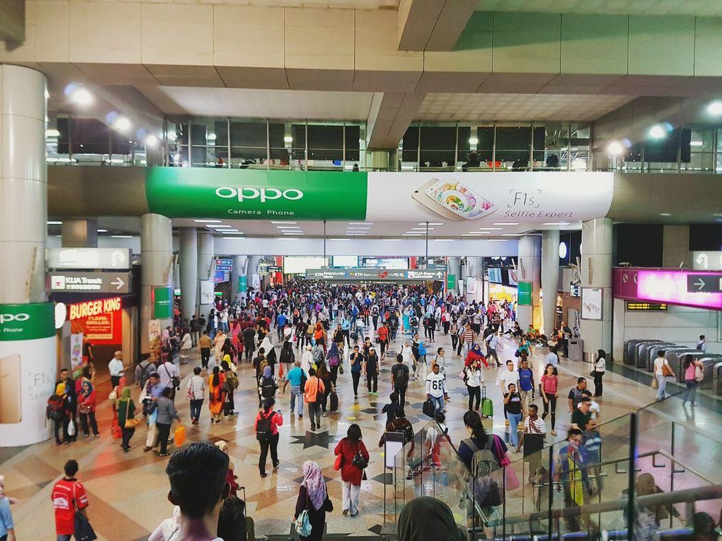 Sentral Station Shopping Mall Crowded Metro Working Man Public Transportation Samsungedge7