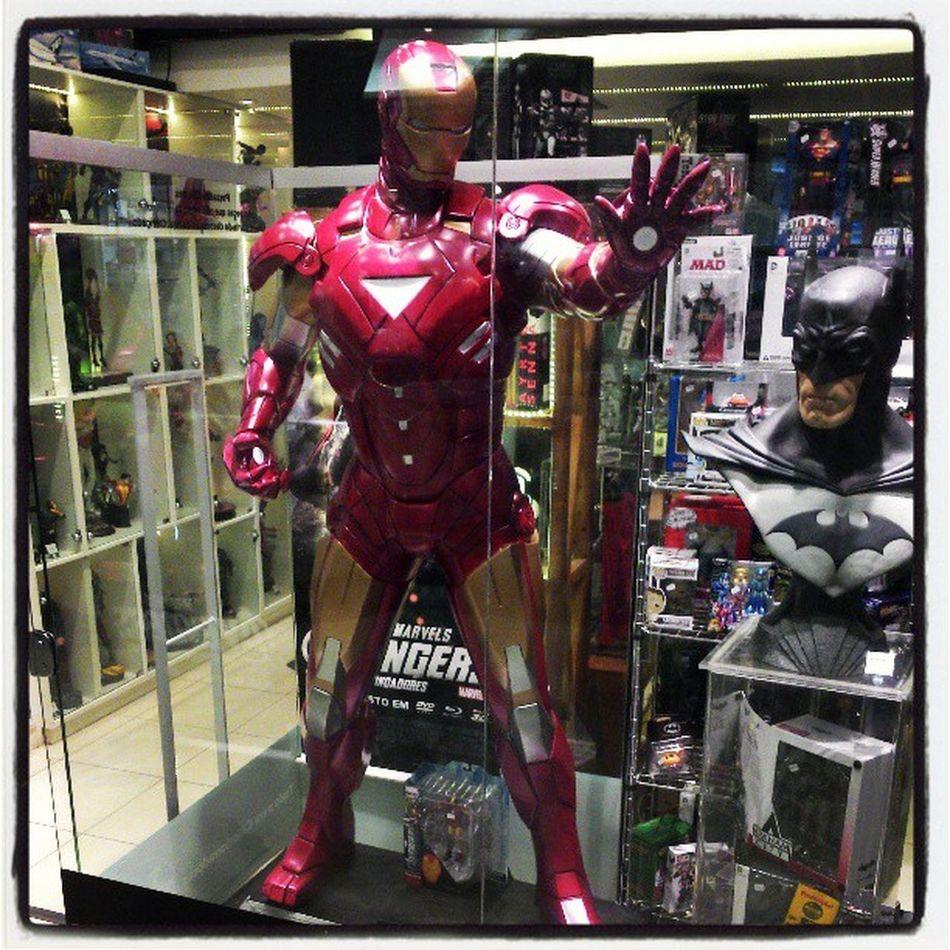 Full size Iron Man Statue! AWESOOOME! Ironman Shoppingiguatemi Statue