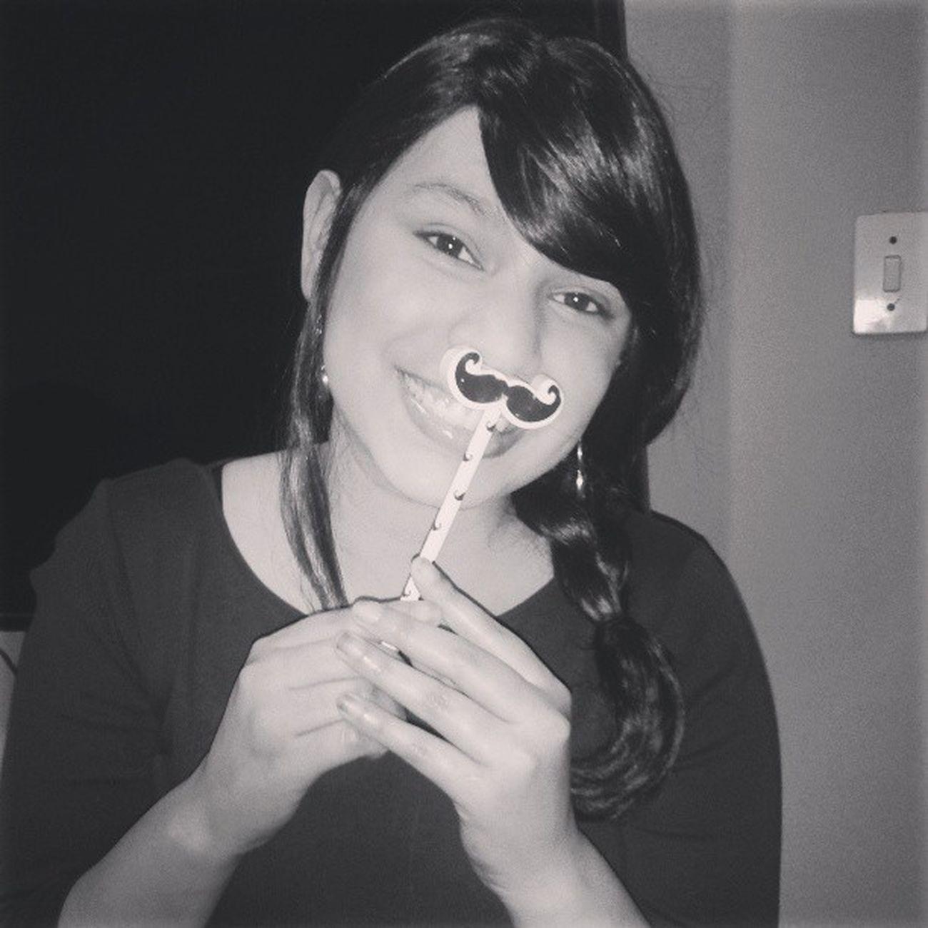 Mostachin Sonrisa