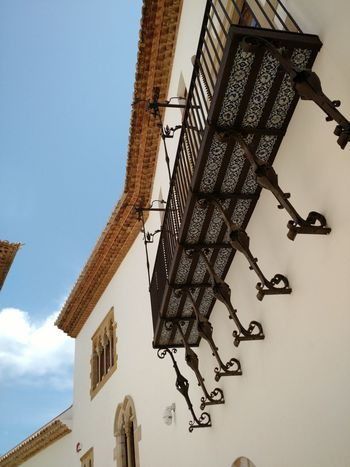 Sky Low Angle View No People Outdoors Day Architecture Spainish Architecture, Spain Ancient Architecture Beautiful ♥ Romantic City Built Structure History Travel Destinations Architecture Exquisite Building Exterior Places To See