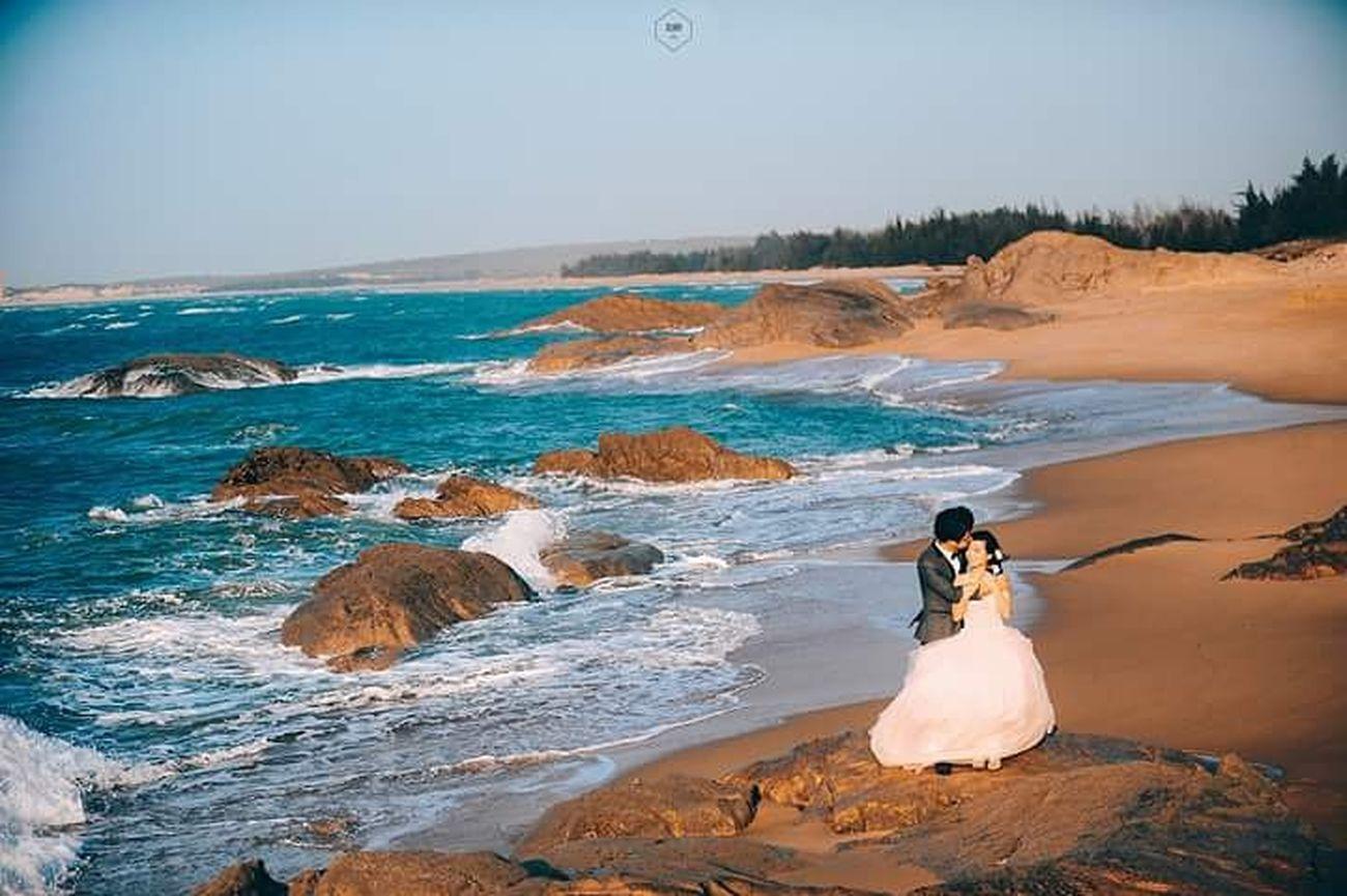Wedding trip Photography Still Life TheDay Shoting Photoshoot Photoshooting EyeEmBestPics Wedding Photography Hug Love Wedding Photooftheday Sunrise Eye4photography  Sky Eldipi