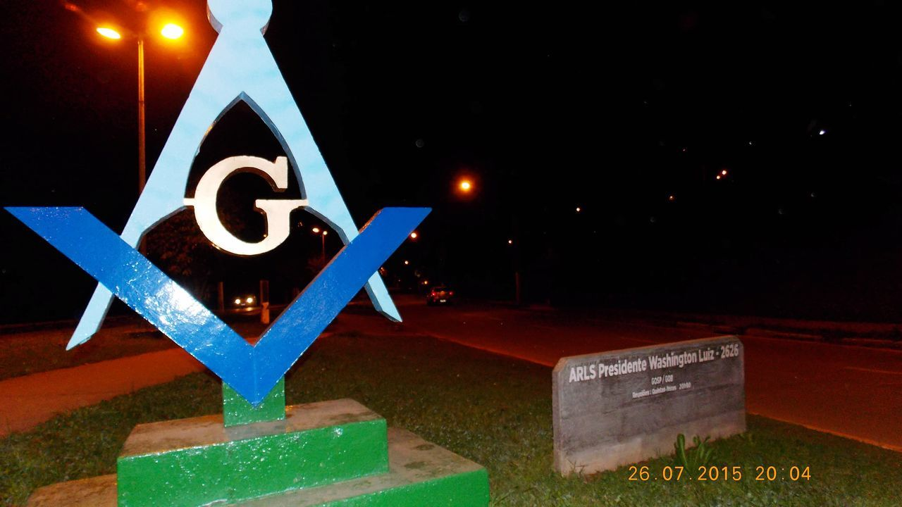 Camposdojordao Campos Do Jordão Maçonaria Masonry Mason Masonic Communication Night Illuminated Text Western Script Road Sign Guidance Information Number Information Sign Neon Outdoors Blue Creativity Symbol Sky Commercial Sign Information Symbol Brazil