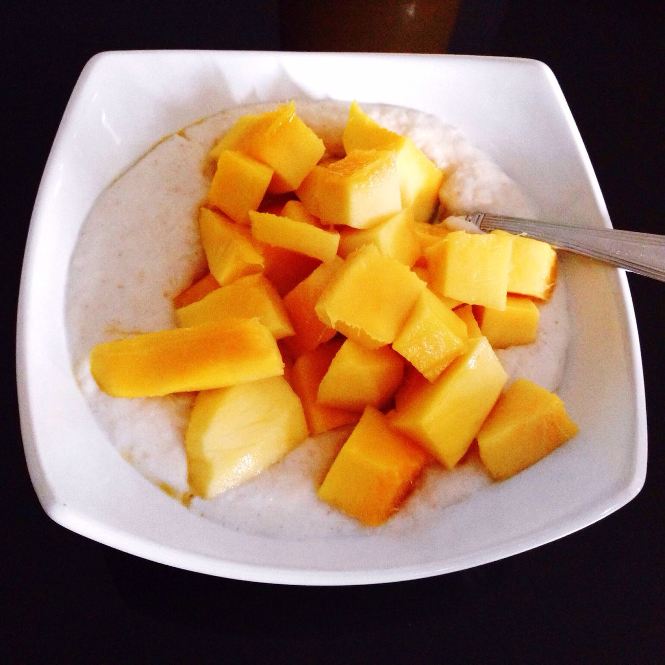 Oatmeal with fresh manggo on top for my b'fast Healthy Lifestyle Healthy Eating Healthy Food Jakarta Indonesia INDONESIA Oatmeal Enjoying Life Hello World Breakfast ♥ Breakfast Time Juanesmoriz