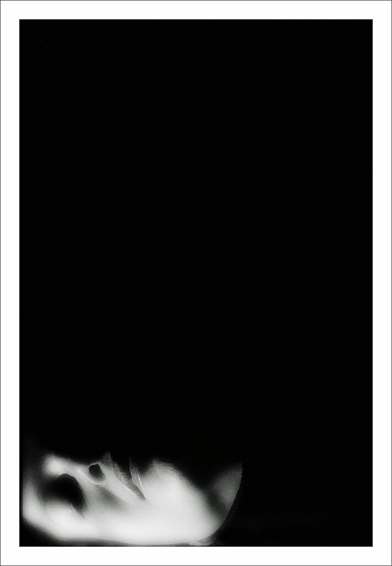 Puppets Relaxing Getting Inspired La Falsa Envoltura De Las Apariencias EyeEm Best Shots - Black + White Blanco & Negro  Black & White Monochrome Blanco Y Negro B&W Portrait Siluetas Para Que La Luna Llena Nunca Choque Contra El Suelo Siluette Marionetas