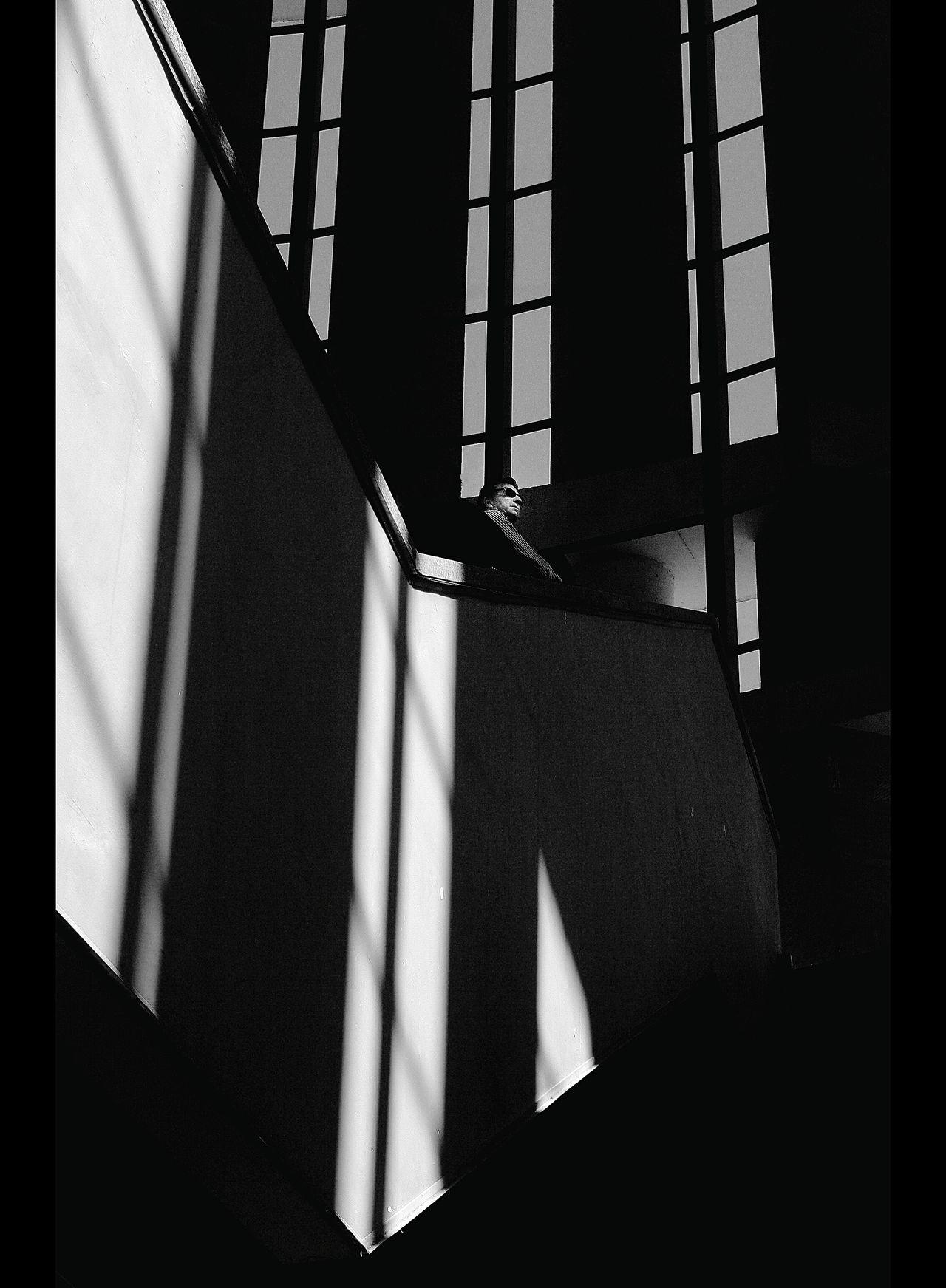 El observante EyeEm Best Shots - Black + White La Falsa Envoltura De Las Apariencias Blanco Y Negro Blanco & Negro  Monochrome Black & White Siluetas Siluette