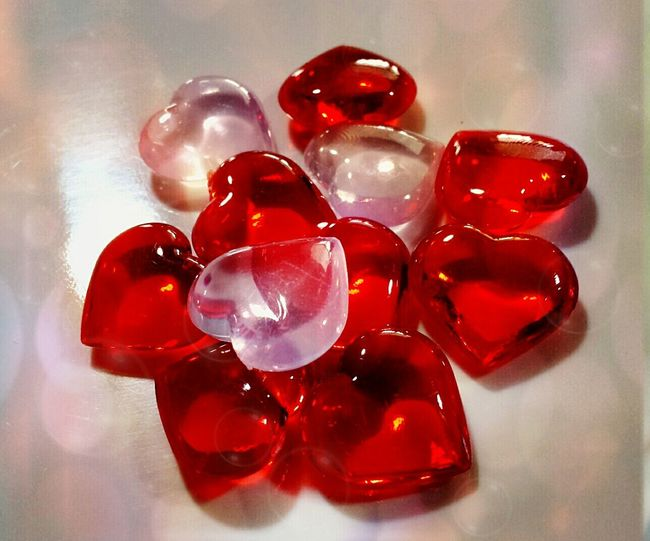 Valentines Day Love❤ Be Mine ♡  Shiny Things Red Hearts Pink Hearts Glass Hearts Glass Reflection Up Close