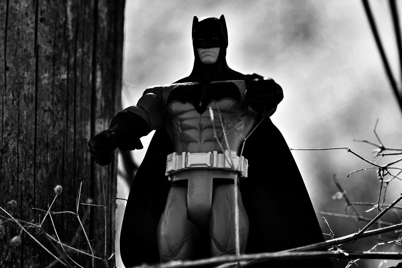 One Person Outdoors Batman Have A Nice Day♥ Hello World Dark Knight Black And White Comic Heroes