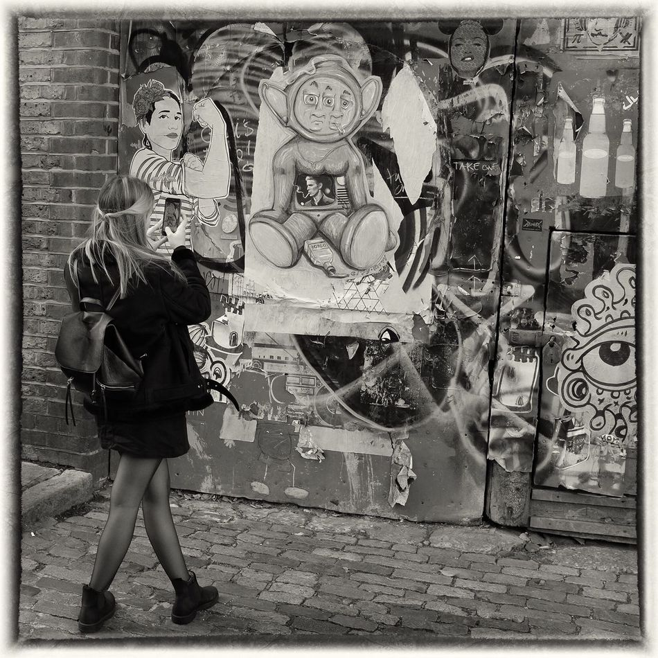 In Hackney London Fields Streetphotography Christmas Around The World Up Close Street Photography London Christmas Black & White Streetphoto_bw LONDON❤ Film Noir Shoreditch, London Happiness Hoxton Columbiaroad