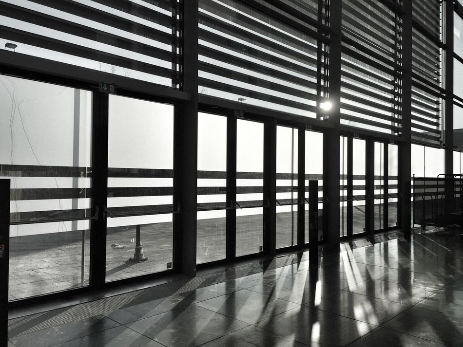 lichtspiele Indoors  Window Sunlight Built Structure Architecture Tiled Floor Shadow No People Airport Day Sky Lichtspiele Black And White