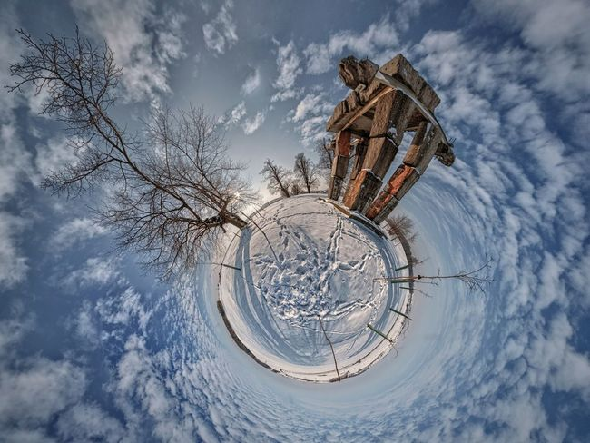 Ludziom Ziemi... LittlePlanet Canon Samyang8mm Panorama Winter Sculpture HDR Sky And Clouds Crazyphoto Mypassion