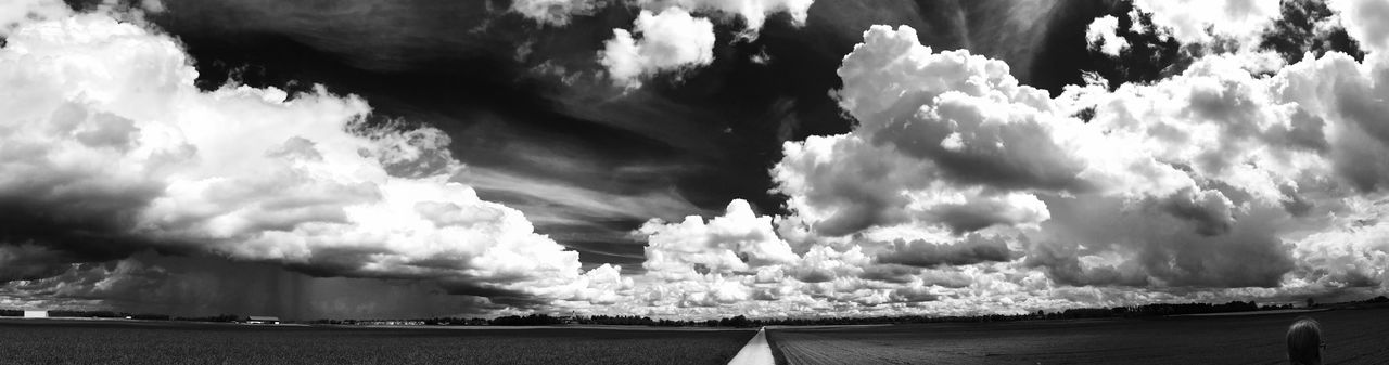 Nature Sky Outdoors Panoramic Nature IPhoneography Blackandwhite Black And White Photography Applephotography Black&white Nature Photography Shotoniphone7plus No People Day Iphonephotography Blackandwhite Photography Black & White IPhone Photography