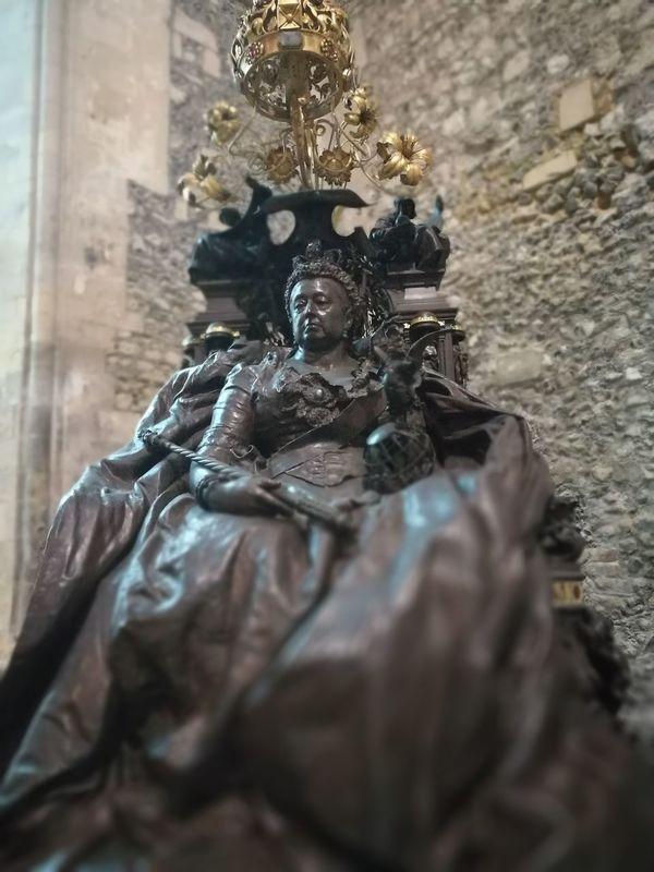 Statue Sculpture Art Queen Victoria  Human Representation