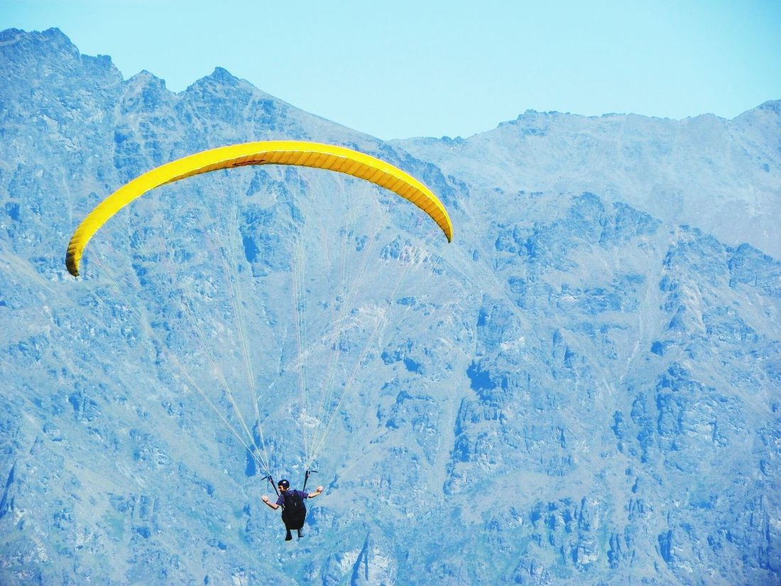 New Zeland  Lovethatplace Paradise Paragliding Paraglider Paragliding Fun Yellow Mountains Amazingview Sunny Day Bluemountains Bluesky Hobby Extreme Sports Sport