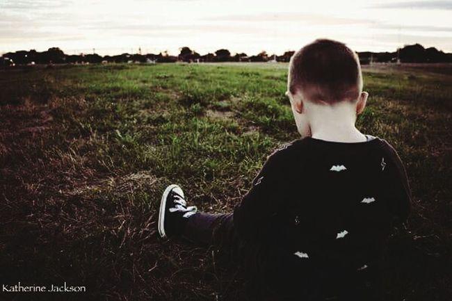 Field One Person Landscape Horizontal Portraitphotographer Outdoors Photograpghy  Portrait Kids Carefree Waiting
