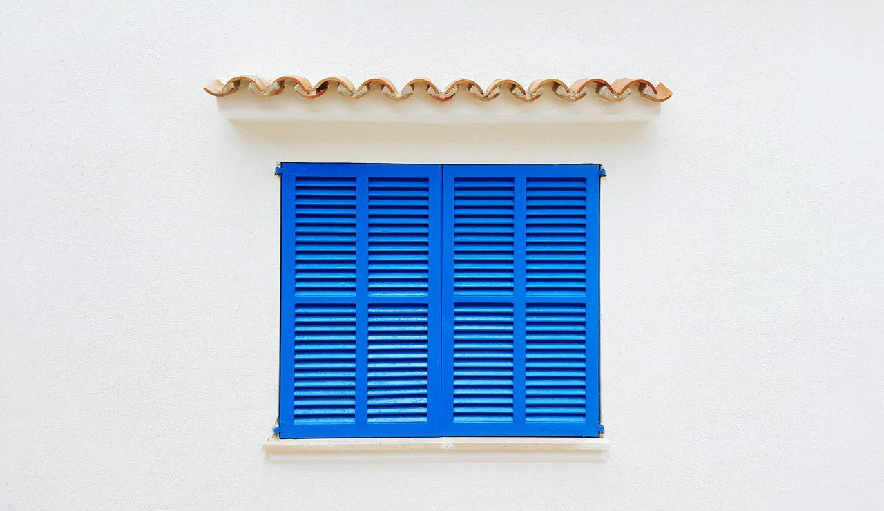 Wall - Building Feature Built Structure Window Architecture Building Exterior Day No People Textured  Blue Whitewashed Close-up Meditterranean Mediterranean Architecture Detail