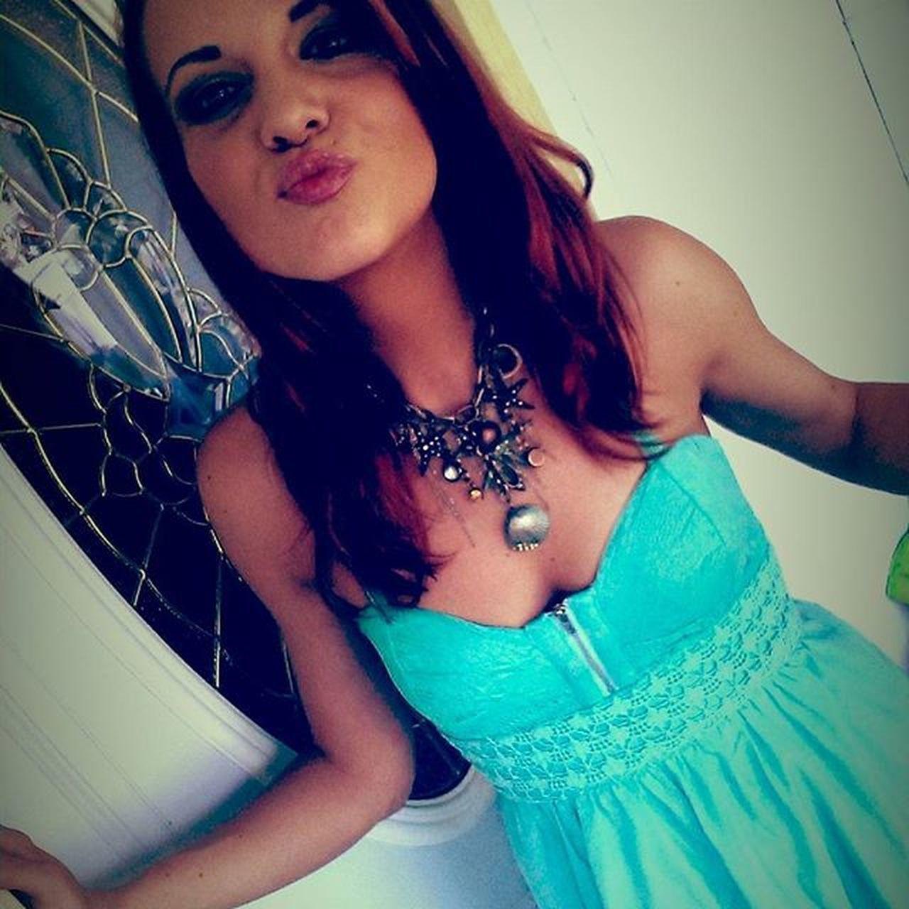 Kiss Redhead Tara Taramae Summerdays  Lovethisdress
