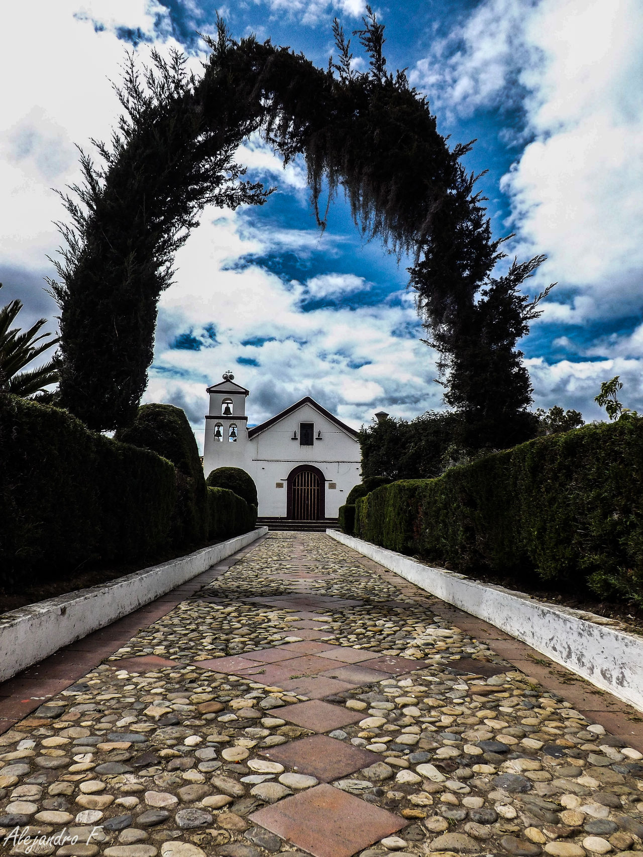 Singular Vol 2 Boyaca Canon Clouds Colombia Colors Eyem Best Shots Eyem Gallery Eyemphotography Fujifilm Music Nature Nature Photography Nature_collection New Old Old Buildings Outdoors Park Photooftheday Picoftheday Shotoftheday Sky Sky And Clouds Sound Textures And Surfaces