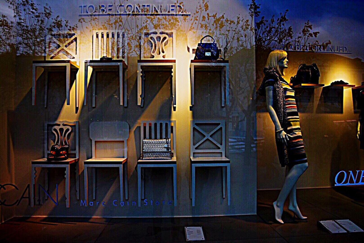 Store Windows Light And Shadows Streetphotography Street Photography EyeEm Best Shots EyeEm Gallery Konfektion Mode Reflection_collection Fashion Photography No People Street Fashion