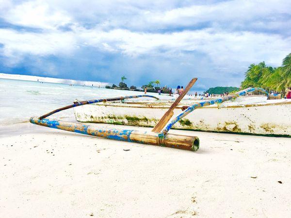 WhiteSandBeach Traveler BoracayIsland Boat Island