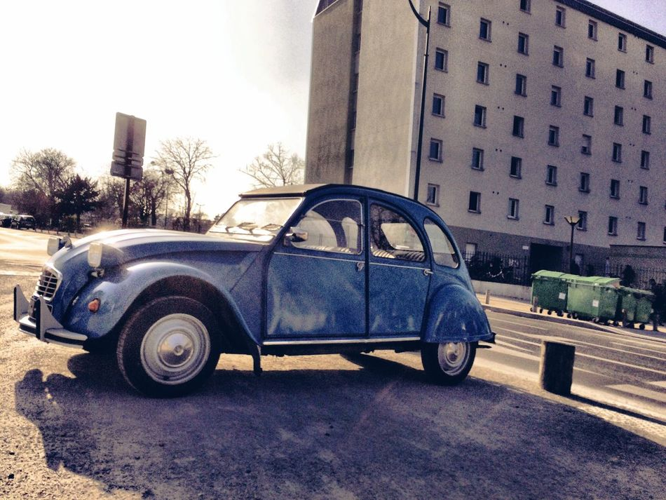 From My Point Of View Streetphotography Walking Around Eye4photography  Hanging Out IPhoneography Taking Photos Hello World EyeEm Best Shots Car 2cv Citroen 2cv Citroen Vintage Cars Vintage