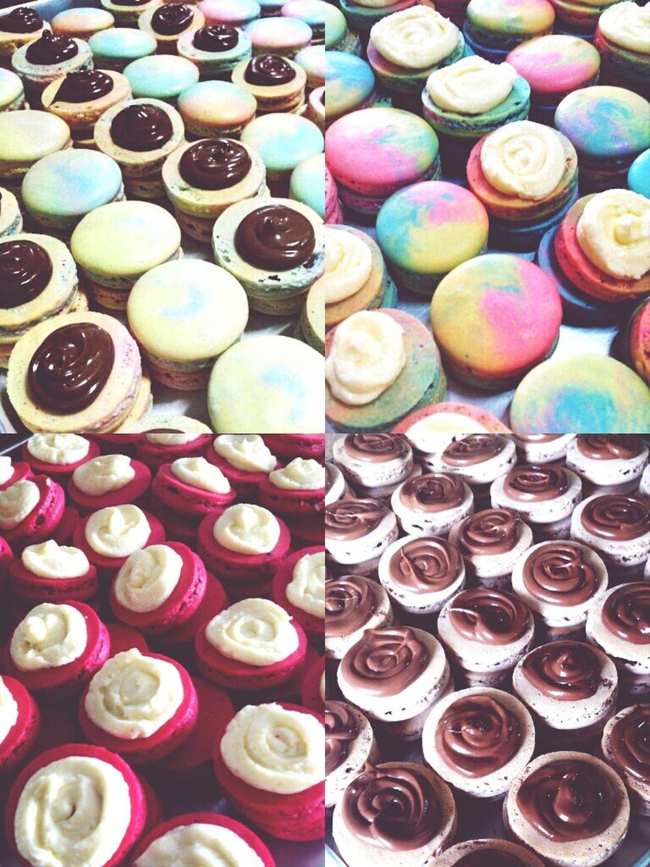 today's bakes.... 100+ macarons n now im ZZZzzzz..... Frenchmacaron Macarons Creamcheese Nutella