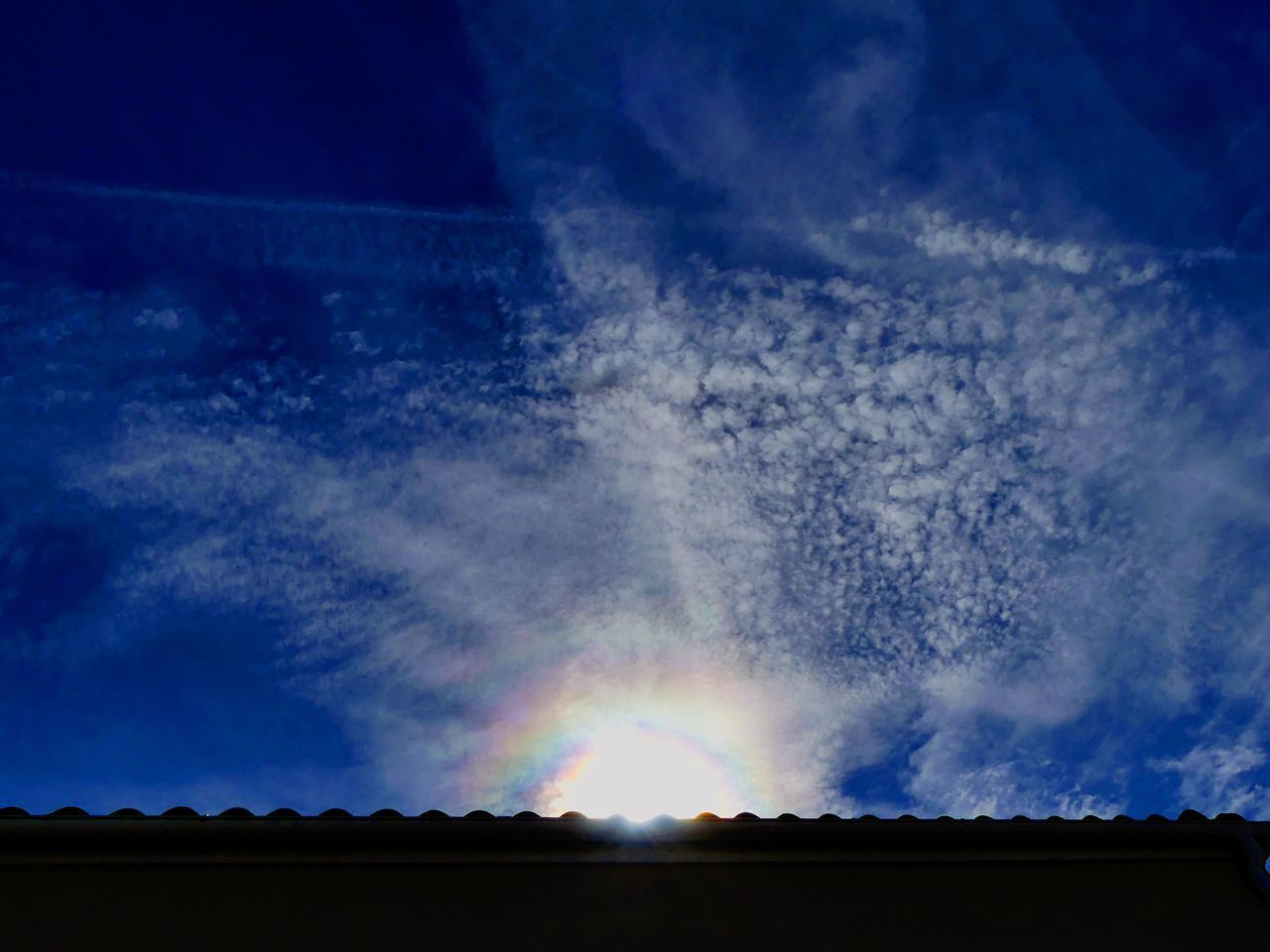 Arc-en-ciel au cœur du Soleil ☀️🌈 Sky Sun Cloud Blue Cloud - Sky Arc En Ciel Arc-en-ciel  Soleil Ciel Et Nuages Nuages Et Ciel CIELFIE Ciel Ciel En Couleurs