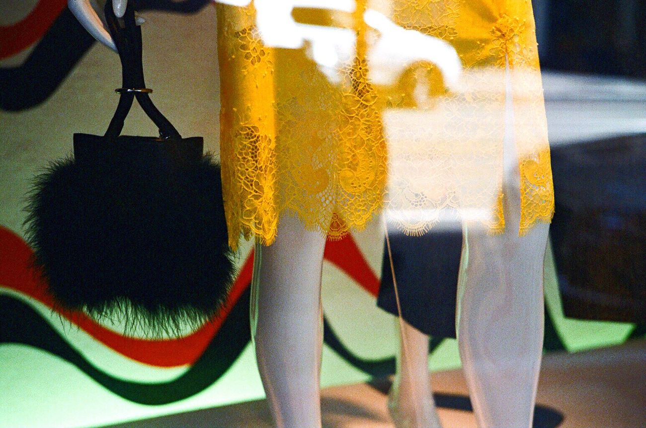 Close-up Fashion Mannequin Saks Fifth Ave F2/400 Koduckgirl Store Window Leica M6 Film Bag Standing