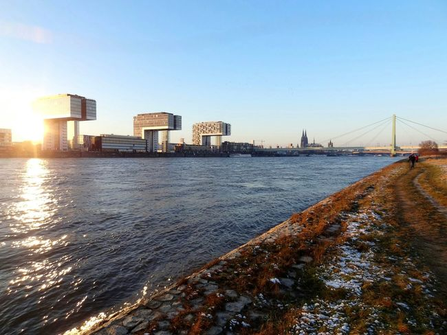 Vanishing Point Cityscapes Cityscape Urban Landscape Water_collection Reflections Water Reflections Wintersun Waterscape Geometric Shapes Seeing The Sights Rheinauhafen Kölner Dom