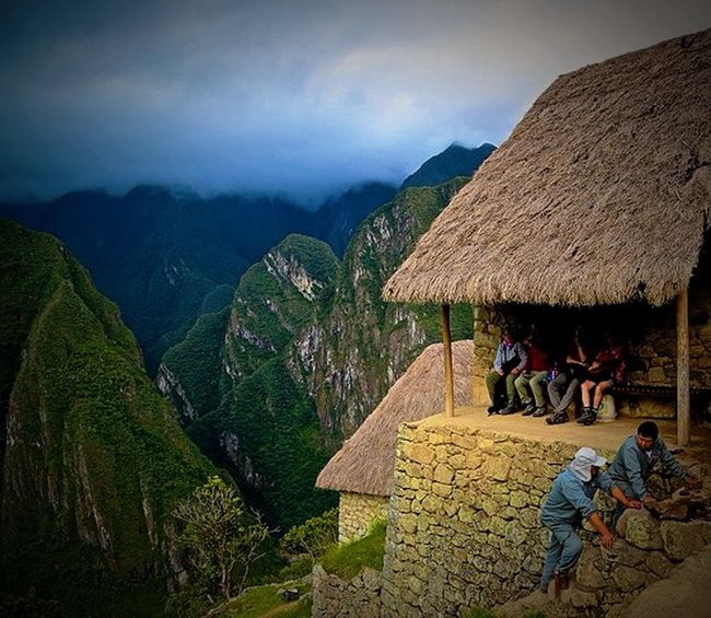 Rest for the weary on the Inca Trail! Machu Picchu Andesmountains Andes Inca Trail Mountain View Mountains And Sky Mountain Range Ruins Hiking Hiking❤ Hiking Trail