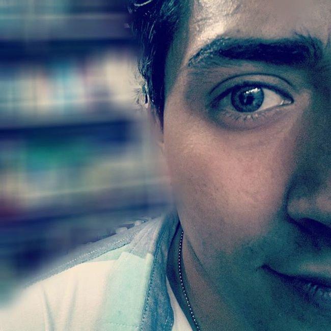 yo kon el ojo claro Pasandoelrato Desaburriendome