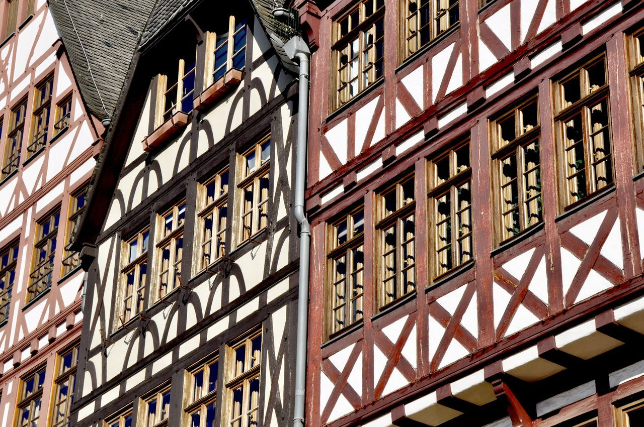 Architecture Building Building Exterior Built Structure City Façade Frankfurt Am Main Full Frame Germany Half-timbered Half-timbered House Historic Historical Building Historical Place Low Angle View No People Outdoors Römerberg Travel Destination Window Townhouse Old Town