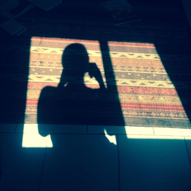 Iphone5 Sun Shadow A Lone